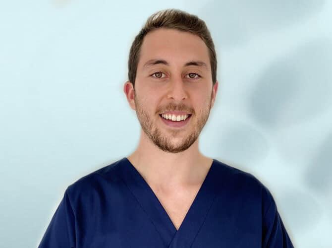 Dr Tiago Borges Medico Dentista